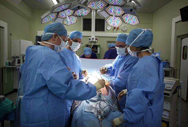 Что испытывают люди, внезапно проснувшиеся во время операции, и почему это происходит?