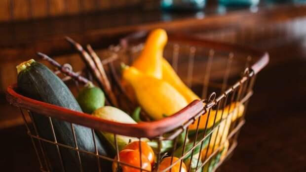 Диетолог Бурляева оценила пользу овощей и фруктов прошлогоднего урожая
