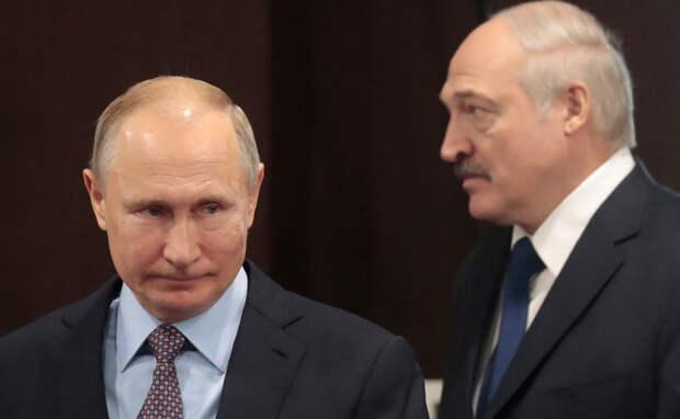 Лукашенко заявил, что «загнан намертво в команду Путина»