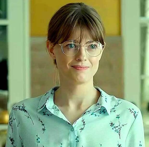«Бездарные» актрисы, которые попали в кино через «полезных» людей