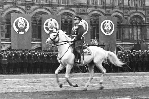 Парад Победы: почему Сталин отказался его принимать