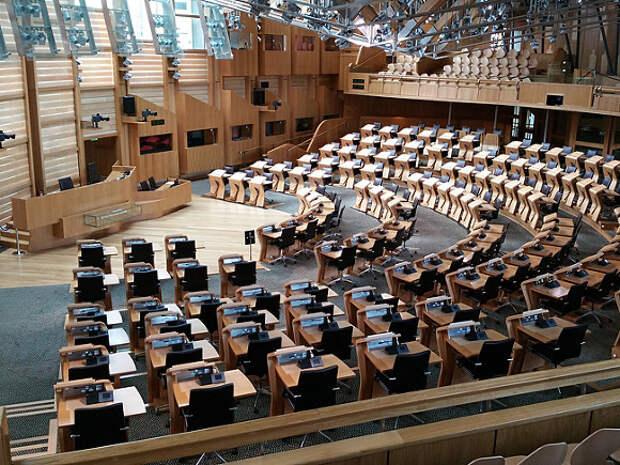 В Шотландии большинство мест в парламенте получили сторонники независимости