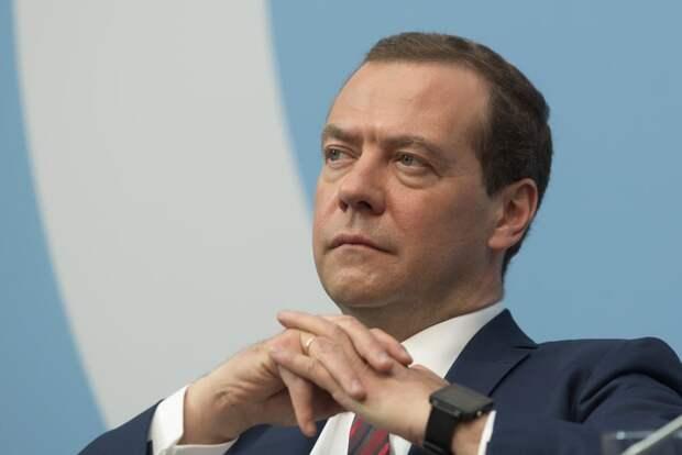 Медведев назвал препятствие для заключения с Киевом договора по газу
