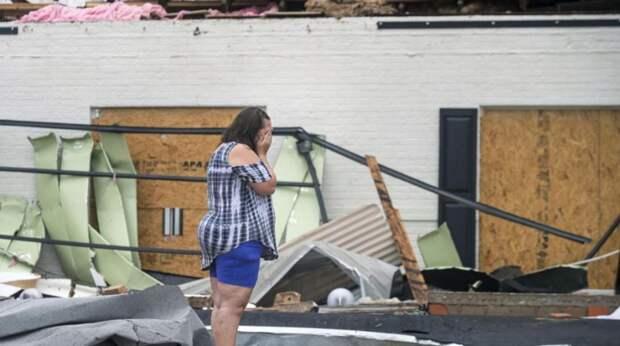 В США возросло число жертв урагана «Лаура»
