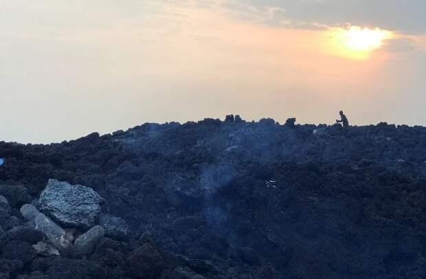 В районе вулкана Ньирагонго снижается сейсмическая активность - СМИ