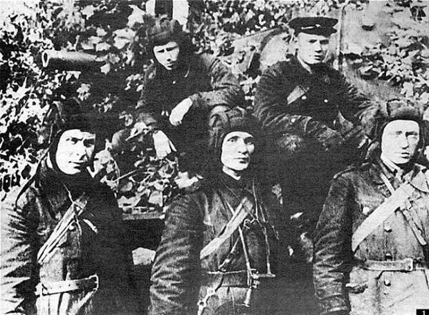 Двадцать два против одного. Как танкист Колобанов унизил Третий рейх.