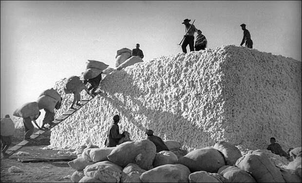 Принудительный труд в СССР, остановка советского конвейера и советское «летающее крыло»