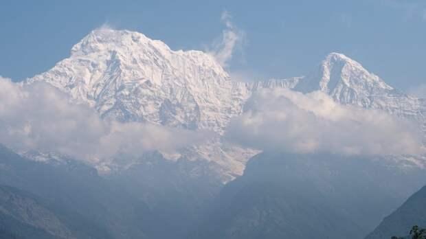 В Гималаях нашли трёх заблудившихся российских альпинистов