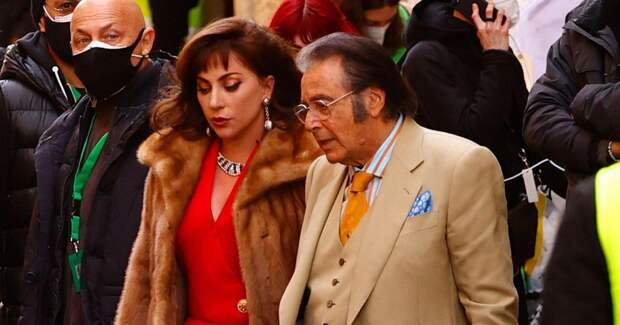 Родственники Гуччи оскорбились новым фильмом о его убийстве
