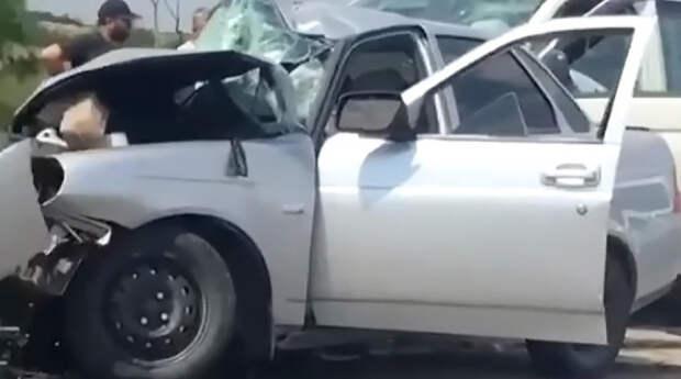 Смертельное ДТП в Крыму: двое погибших и двое раненых