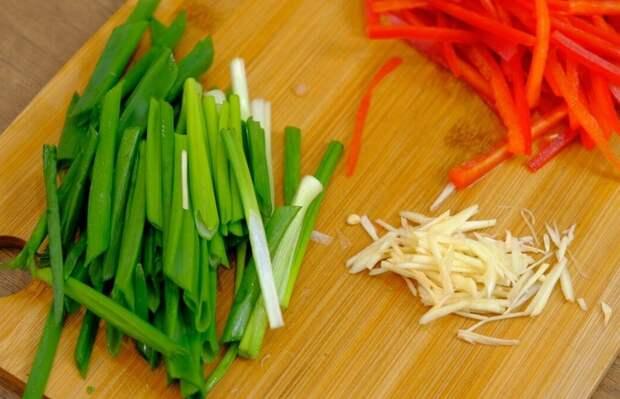 Картошка с мясом и овощами Жареная картошка, Картошка с мясом, Видео, Длиннопост, Рецепт, Еда