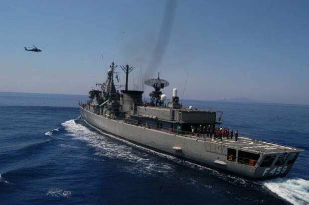СМИ: Турция выдворила корабли Греции иФранции сосвоего континентального шельфа