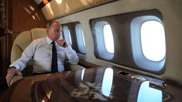 Экс-пилот президента РФ рассказал о поведении Путина во время перелетов