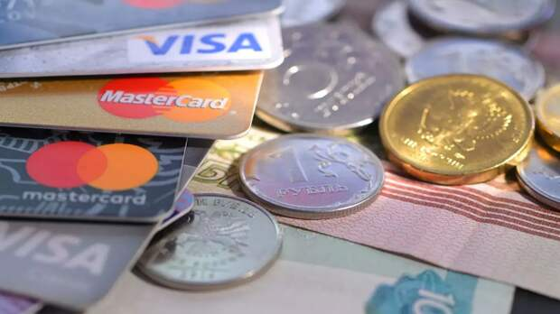 Какие угрозы несет снятие денег с карт через QR-код?