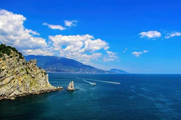 Власти Крыма могут ограничить въезд отдыхающих в регион