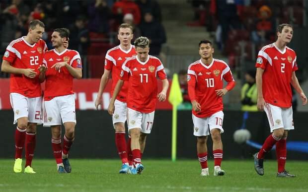 РФС обратился в УЕФА с просьбой поспособствовать допуску болельщиков сборной России на матч против Дании