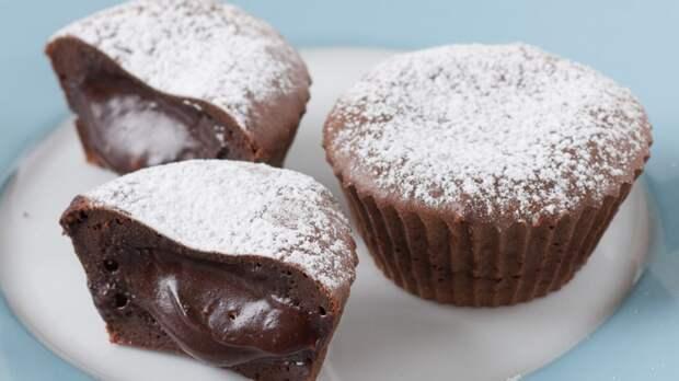 Ресторанный десерт «Шоколадный флан» дома