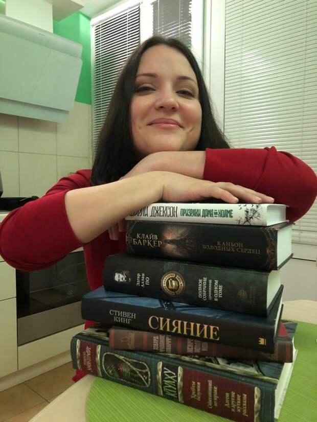 5 книг, с которых нужно начать собирать свою собственную библиотеку ужасов