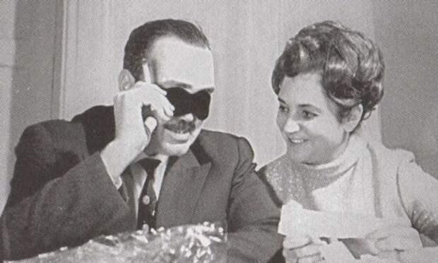 Любовь с широко открытыми сердцами Эдуарда Асадова и Галины Разумовской