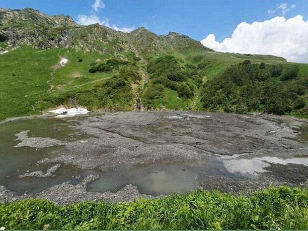 В горах под Сочи пропало озеро