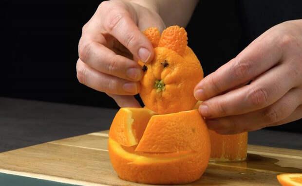 Как подать красиво банальные огурцы и апельсины: показываем хитрости нарезки