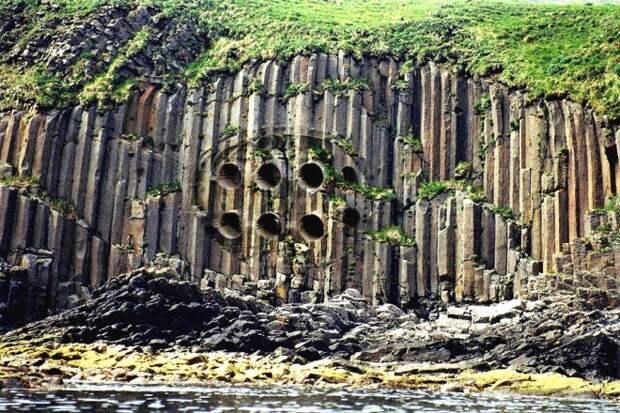 Древний город был найден прямо на острове в центре Тихого океана. Ученые ищут связь с Анлантидой