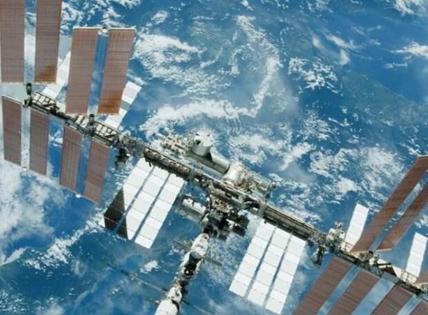 """РКК """"Энергия"""" предложила создать свою станцию вместо МКС - там прогнозируют """"лавину поломок"""""""