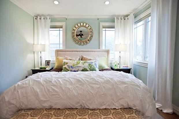 Кровать у окна в спальне: ставить или нет (65 фото)