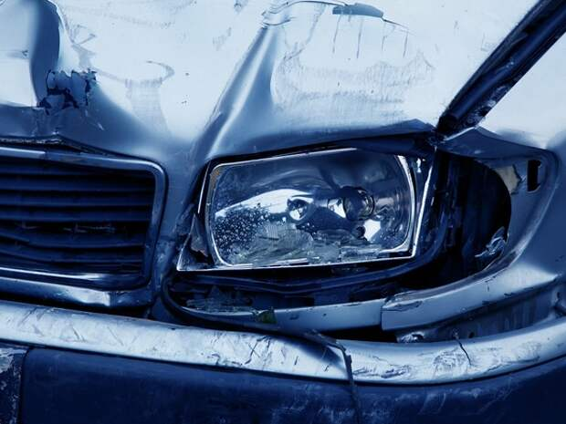 На трассе в Башкирии машина вылетела в кювет и опрокинулась: три человека погибли на месте
