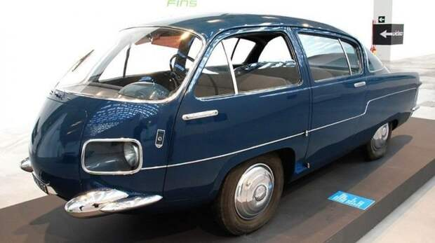 Оригинальная итальянская заднеприводная машина вагонной компоновки Morelli M-1000. 1956 год авто, автодизайн, автомобили, дизайн, интересные автомобили, минивэн, ретро авто