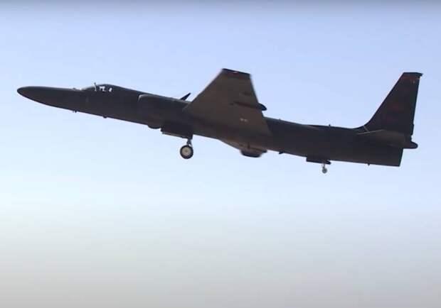 В США указали на новые возможности самолета U-2 в связке с F-35