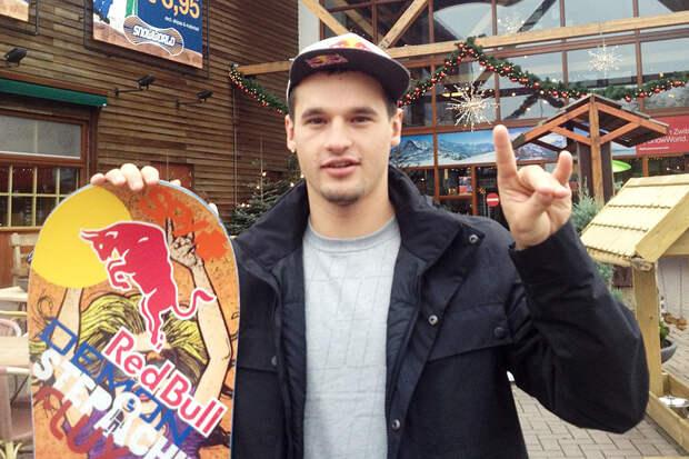 Чемпион РФ по сноуборду заблудился в лесу и опубликовал видео с просьбой о помощи