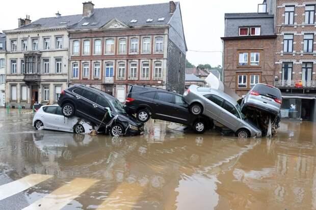 Сравнение наводнений и их последствий в России, Германии и США. Александр Роджерс