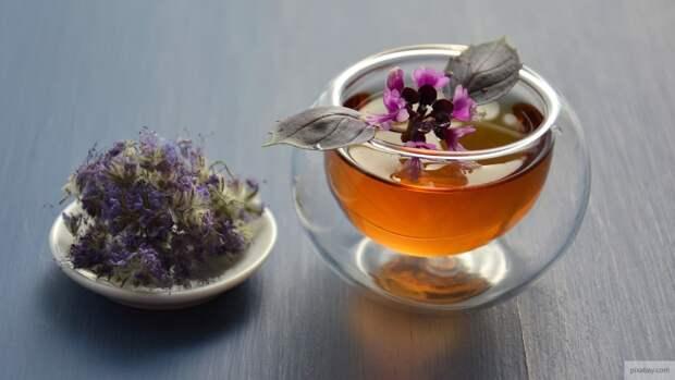 Ученые назвали полезные свойства травяного чая при коронавирусе