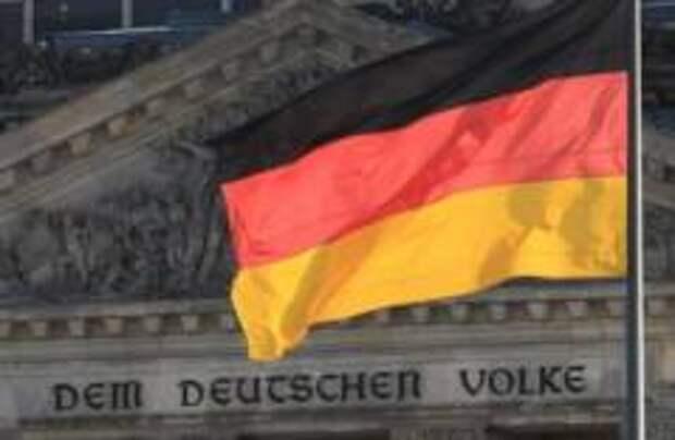 Германия обяжет делать прививки