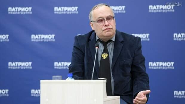 Политолог заявил, что Украина не может быть полноценным партнером для Белоруссии