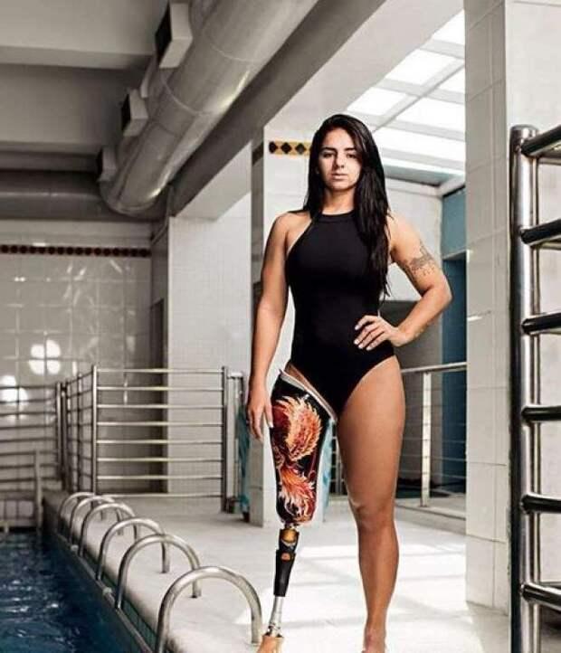 Камилла Родригес Феррейра Круз ( Нитера , 13 апреля в 1992 г. )), Бразилия, паралимпийская пловщиха женщины, жизнь, инвалидность, сила воли