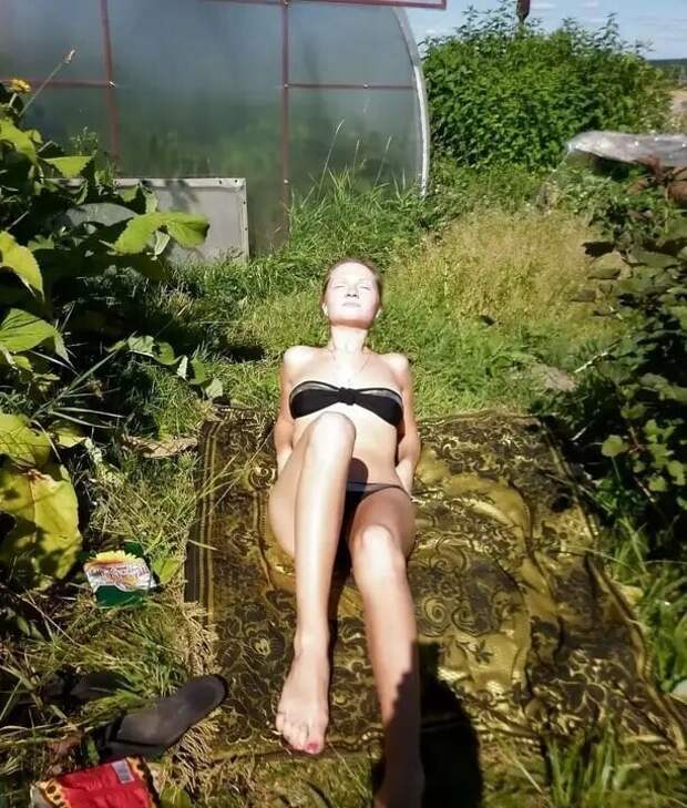 11. Вон они - солнечные ванны в необычных локациях