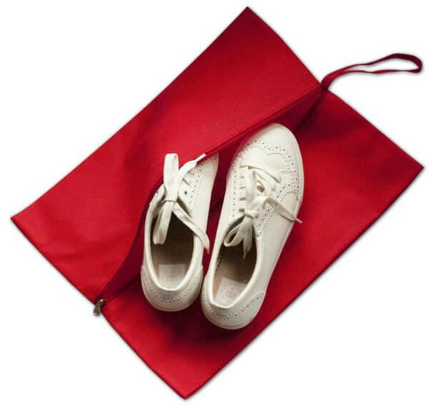 Смена обуви в течение дня.