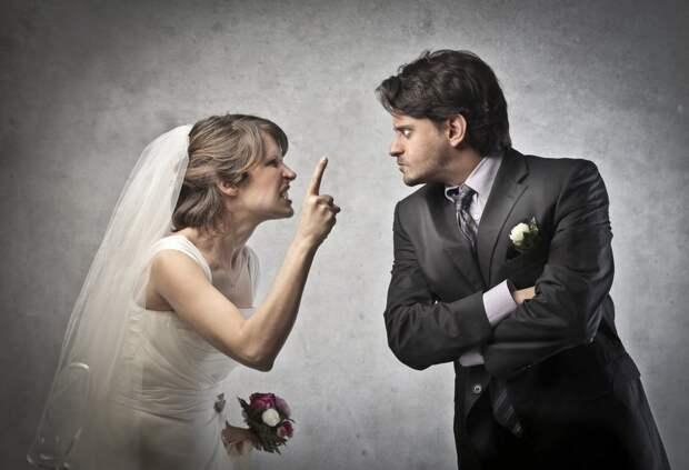 Врач рассказала, какие проблемы со здоровьем вызывают ссоры в семье