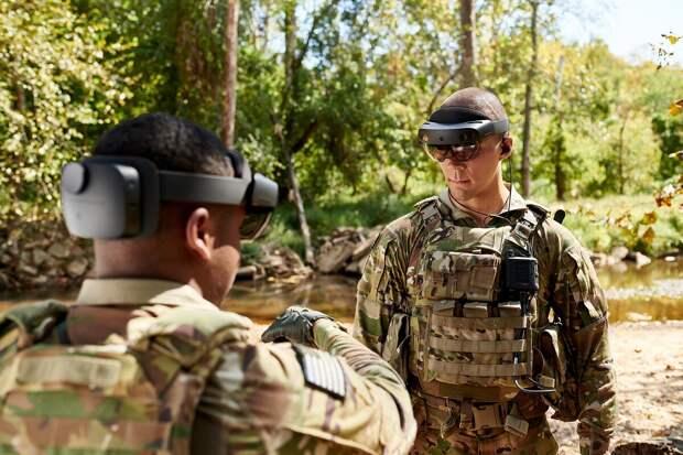 Microsoft поставит армии США 120 тысяч шлемов дополненной реальности