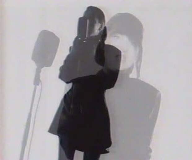 Песни 90-ых: НОНА – «Я совсем ручная» (1992)