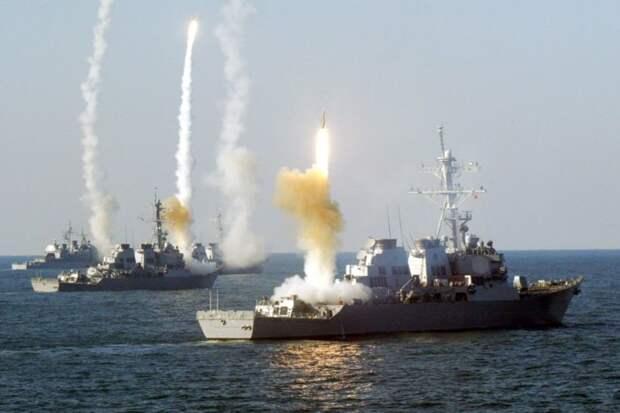 Стало известно о встрече эсминцев ВМС США с неизвестными дронами