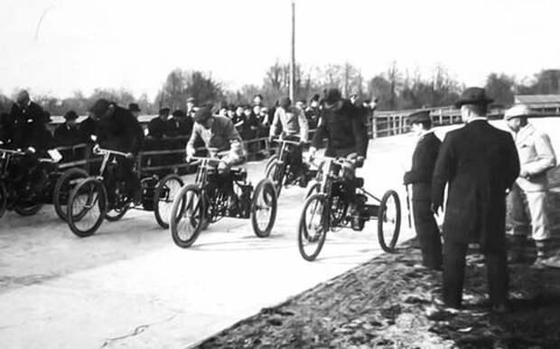 Когда прошла первая гонка в России - ну, кто угадает?