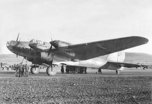 Тб-7 (Пе-8) СССР, авиация, бомбардировка, война, история, факты