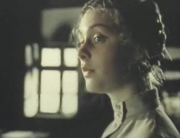 Матрос Железняк (1985)