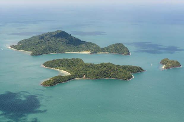 Северный Сентинельский остров расположился в 37 километрах от Южного Анданама / Фото: obshe.net