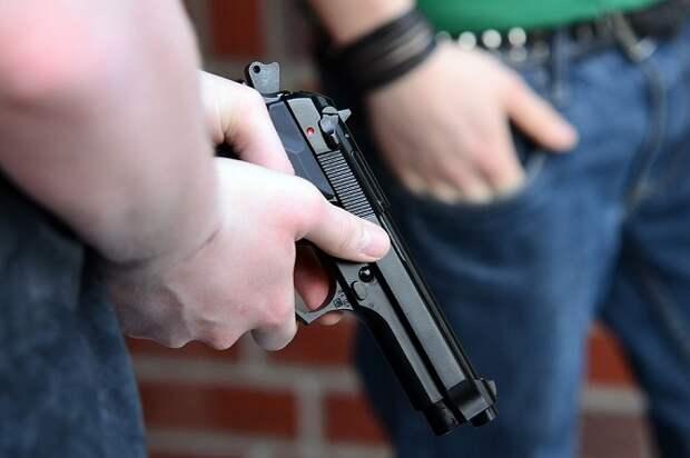 В Кореновске парень открыл стрельбу у входа в парк