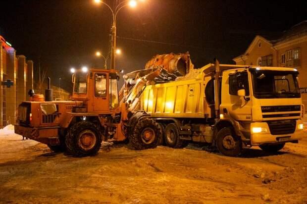 Председатель правительства Удмуртии отчитал глав городов за некачественную уборку снега