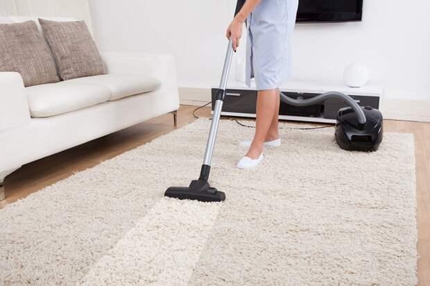Как почистить ковер дома. Основные принципы